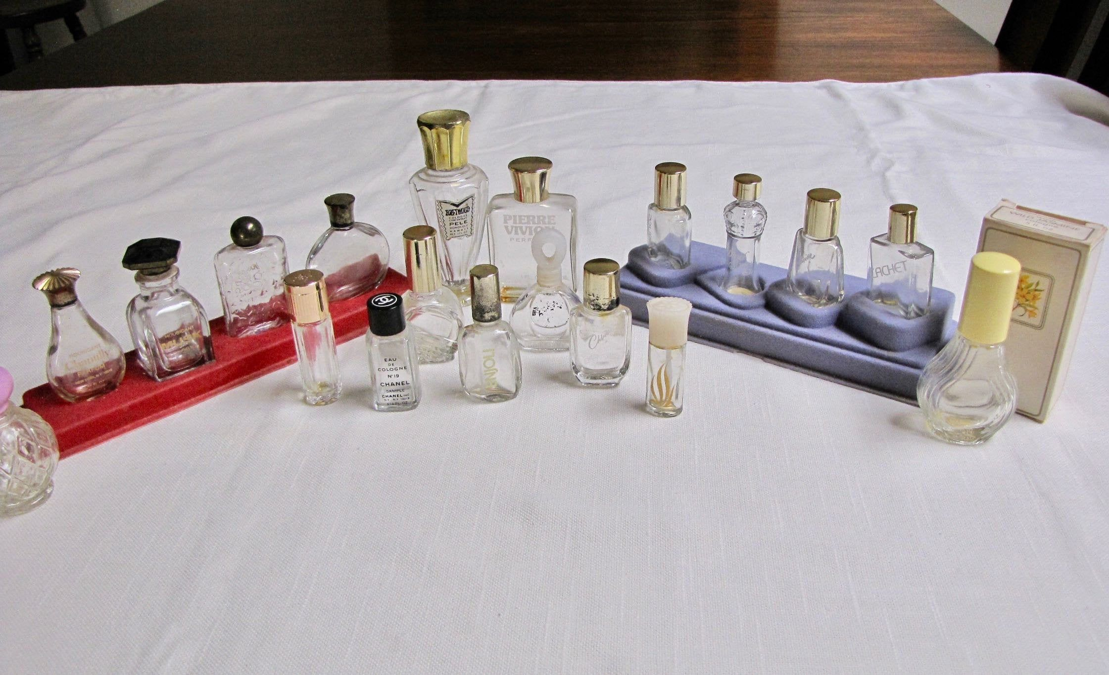 Vintage Mini Perfume Bottle Lot Vintage Perfume Collectibles Instant Collection Houbigant Chanel Ma Vintage Perfume Perfume Bottles Empty Perfume Bottles