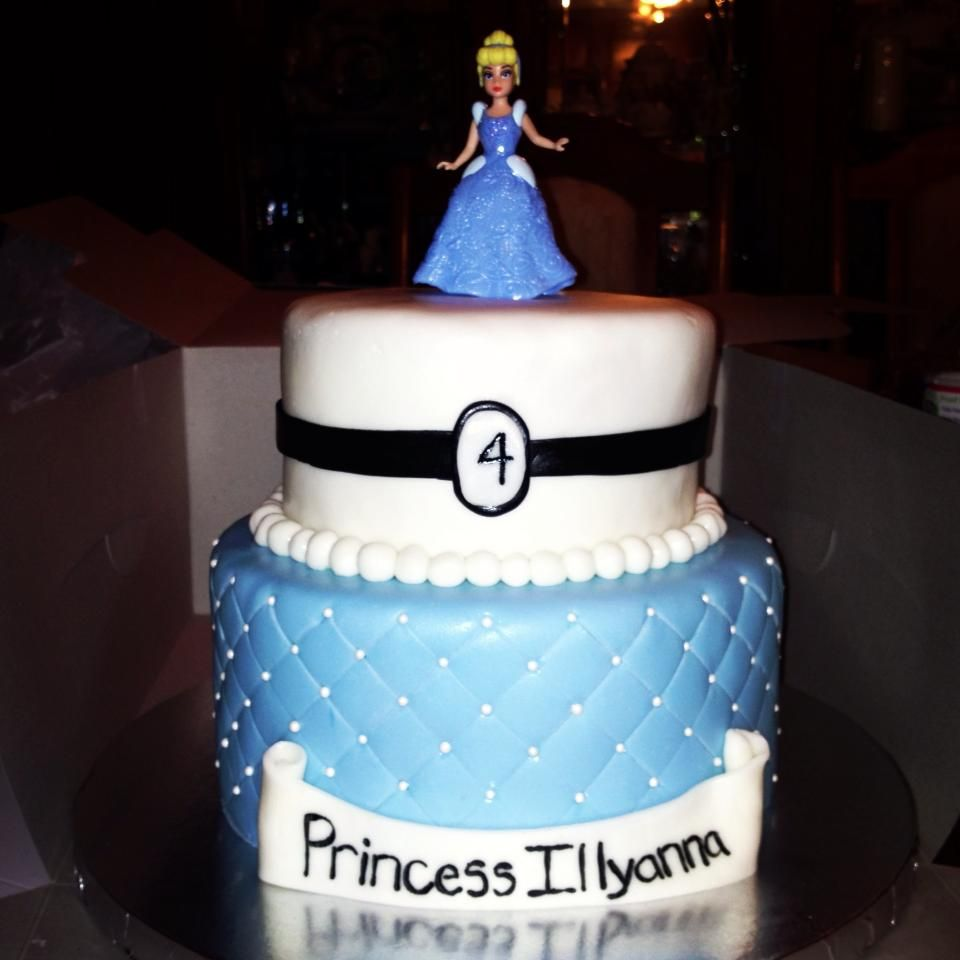 Cinderella Cake Cakes By Me Pinterest Cake Birthday cakes and
