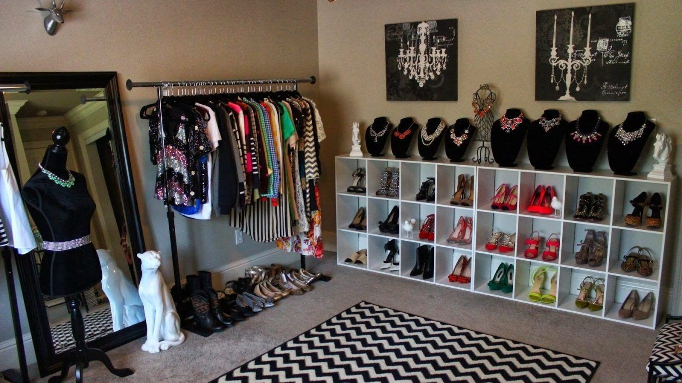 10 Ideas On How To Turn A Bedroom Into A Closet Simphome Spare Bedroom Closets Dressing Room Closet Turning A Bedroom Into A Closet