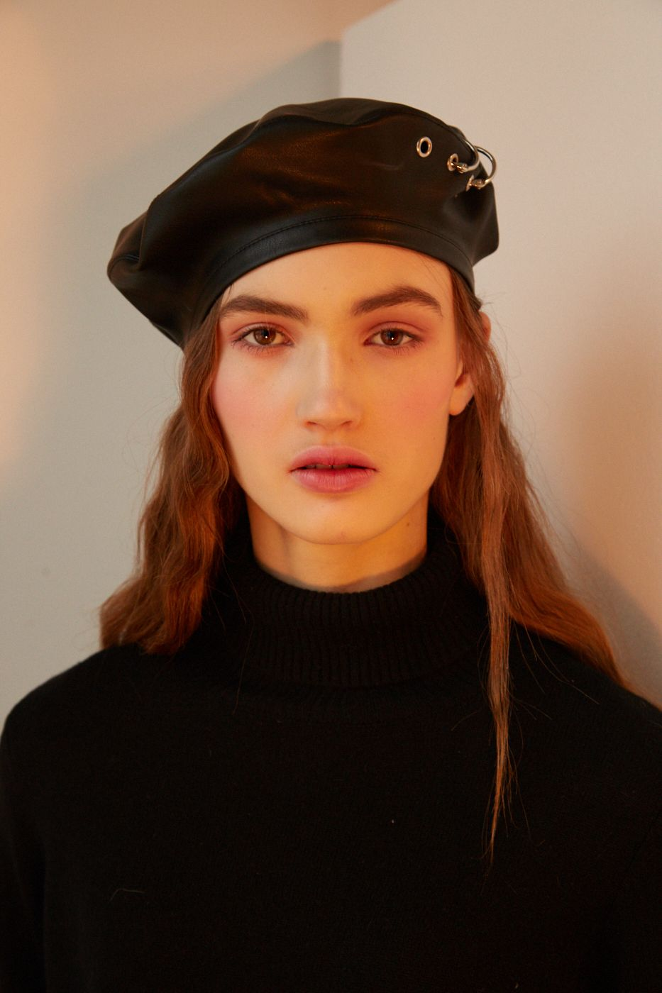 ZENIA Black eco leather beret with eyelets and piercings 3b7ba26bbeb7