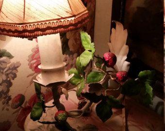 Impresionante lámpara de pared grande con rosas por LievreVintage
