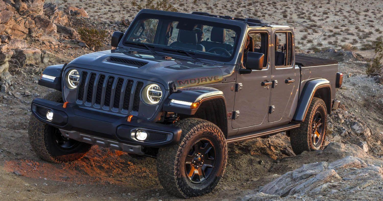 جيب غلاديتور موهافي 2020 الجديدة كليا أسرع شاحنة بيك أب مصممة للطرقات الوعرة الرملية موقع ويلز In 2020 Jeep Gladiator Jeep Antique Cars