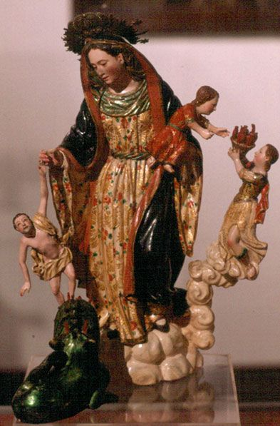 fccf904b5dd Virgen de la Luz del reconocido tallador quiteño