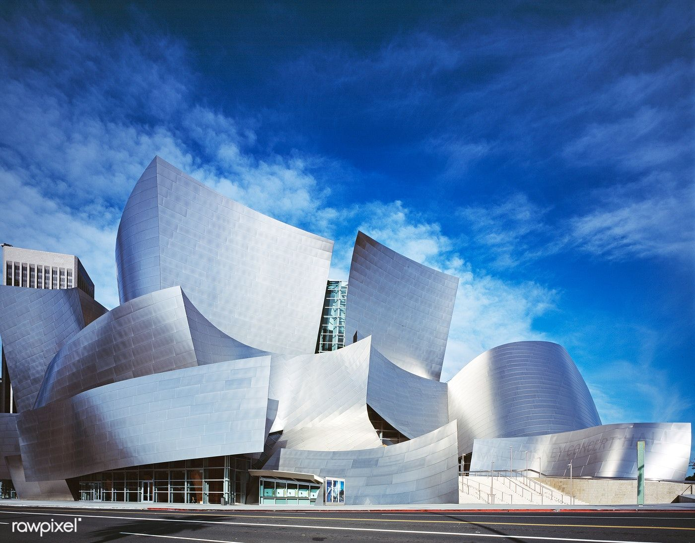 Modernist Architect Frank Gehry S Walt Disney Concert Hall Los Angeles California 2013 In 2020 Gehry Architecture Frank Gehry Architecture Walt Disney Concert Hall
