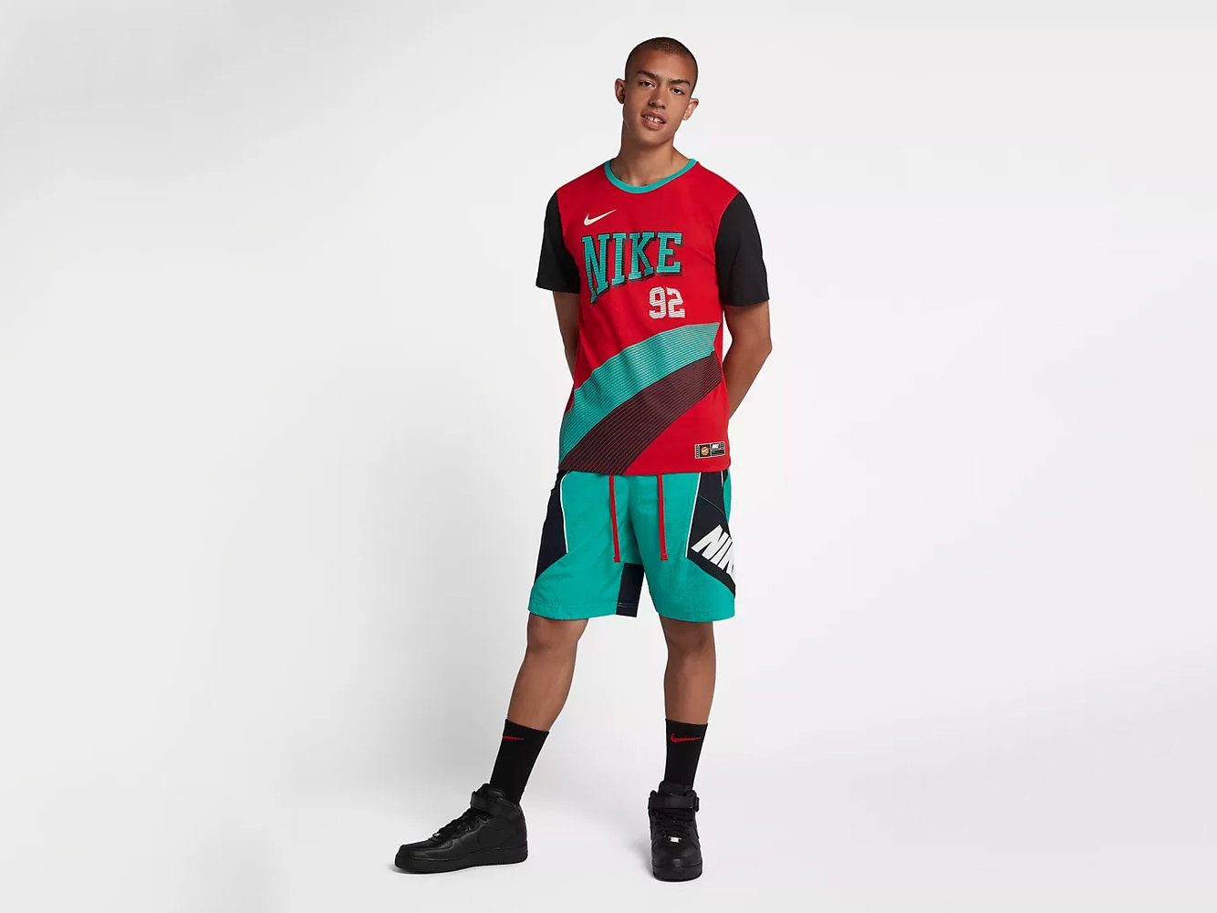 Nike S New Throwback Collection Features Old School 90s Inspired Sneakers And Clothing These Are The Best Styles Nike Nike Men Throwback