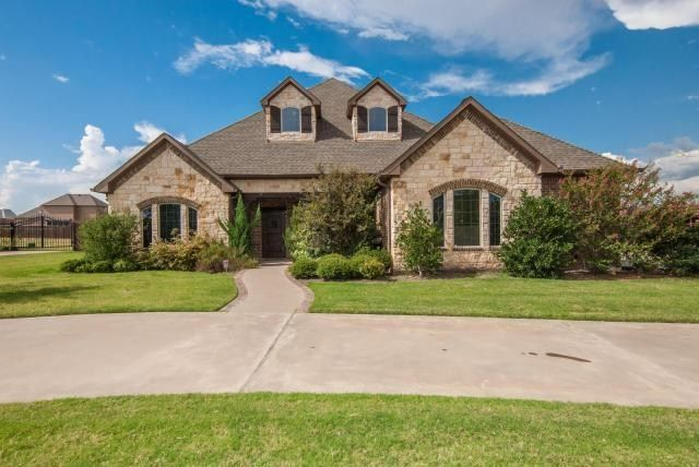 Sensational 8251 St Johns Drive Waxahachie Tx 75167 Custom Homes For Home Interior And Landscaping Staixmapetitesourisinfo