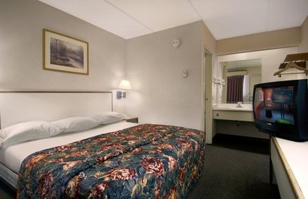 Cheap, Discount Pet Friendly Hotel In Columbia, North Carolina | Red Roof  Inn Columbia