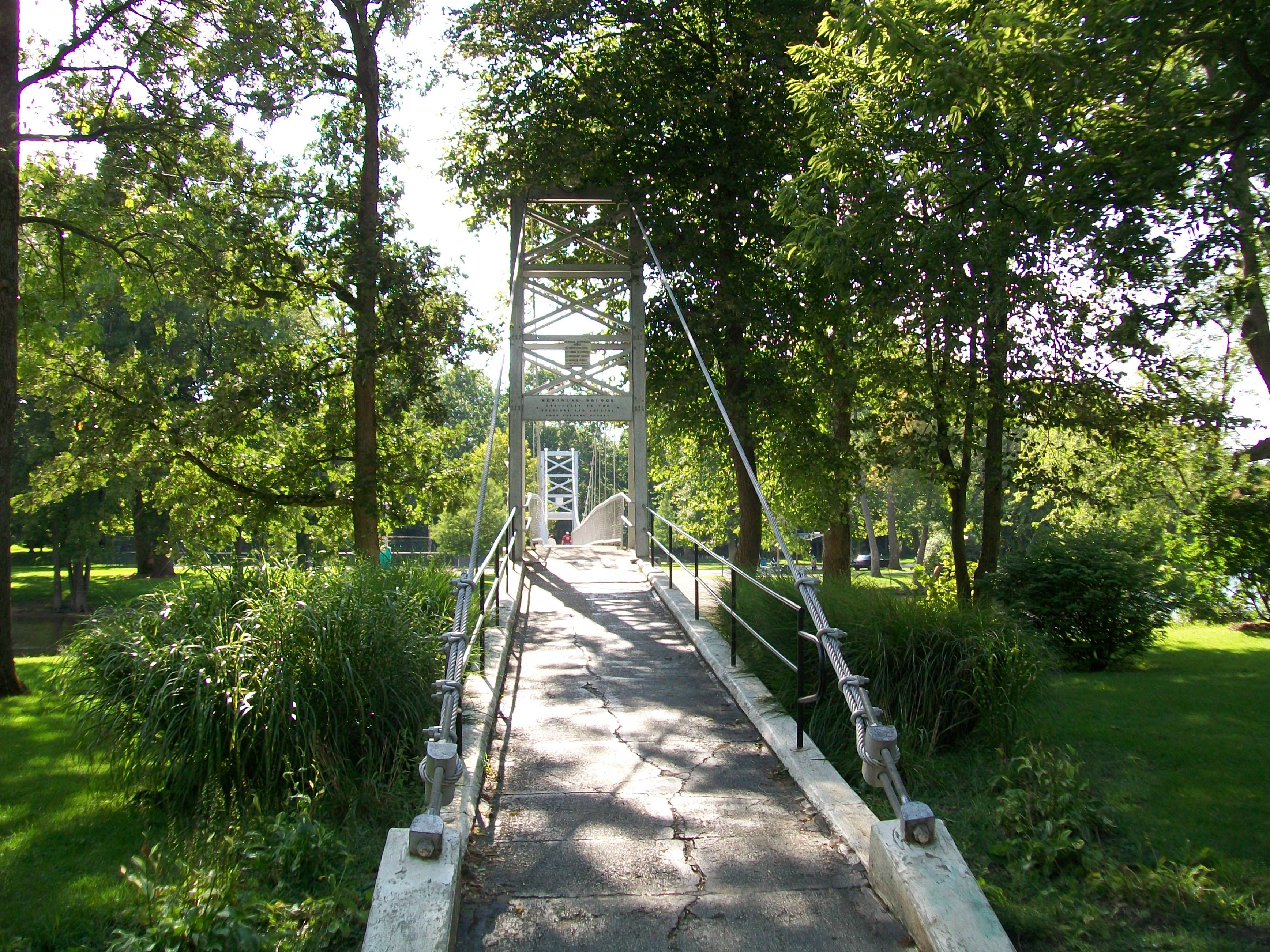 Swinging Bridge Over Tippe River Winamac In Town Park Town Parks Swinging Bridge Places Ive Been