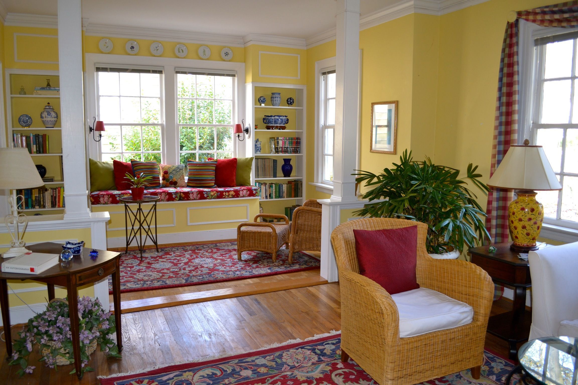 Bay Window Ideas Seat Cushions Home Design Decorating Kitchen Amazing Bay Window Ideas Living Room Decor Decorating Design