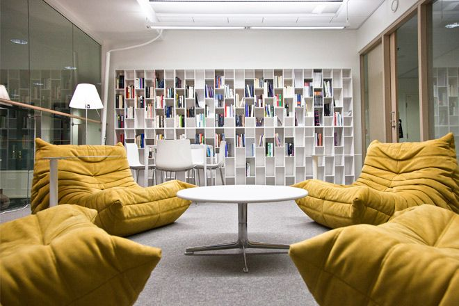 Book & Look by Ligne Roset at Aalto University by Skanno