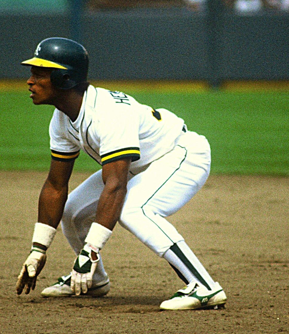 Rickey Henderson Holds The Mlb For Most Base Steals Til This Day 1 406 He Was Inducted Into Baseball Hall Of Sports Baseball Baseball Star Baseball Stadium