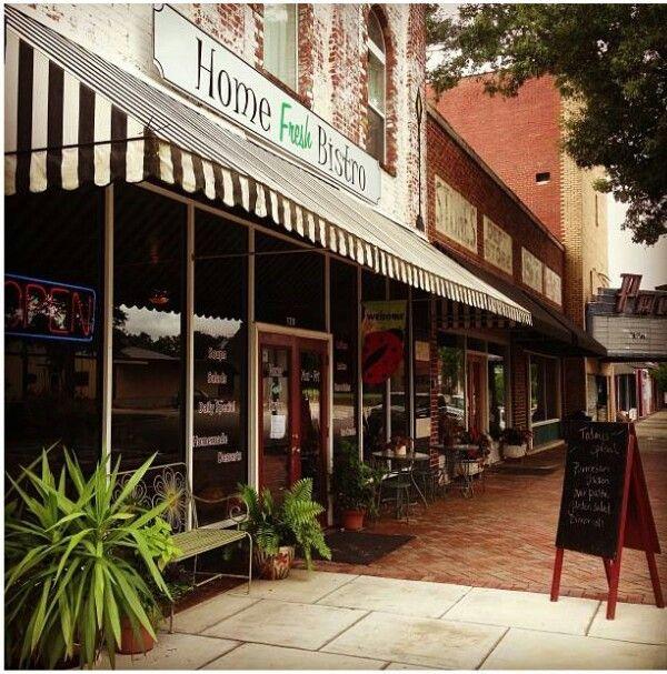 A Must Visit When In Louisville Ga Street Scenes Favorite