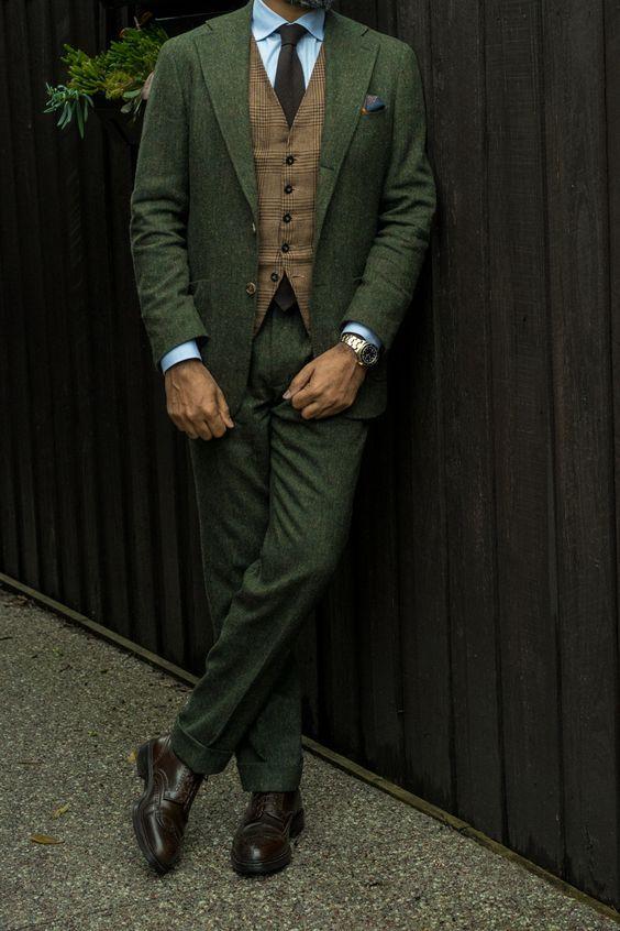 Donegal green suit  d7c365d9466