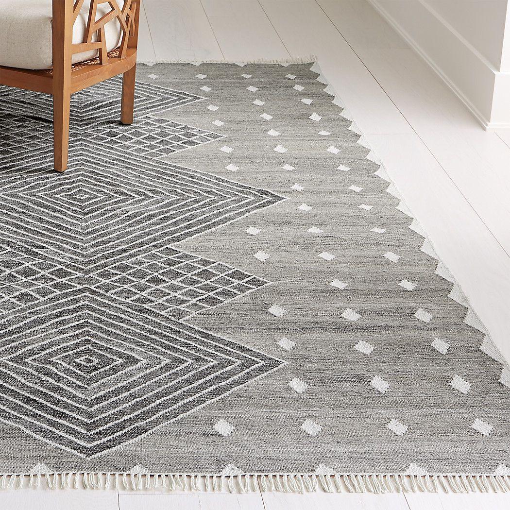 Ceri Grey Indoor Outdoor Rug 2 5 X9 Reviews Crate And Barrel Indoor Outdoor Rugs Outdoor Carpet Rugs On Carpet