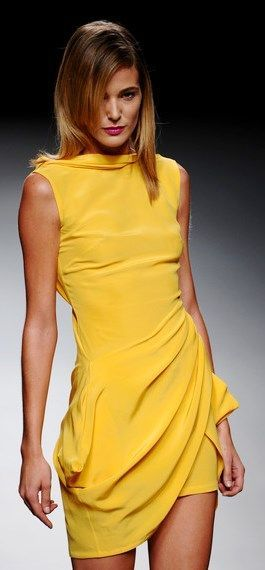 Yellow is making a strong comeback to modern fashion shows  / @heatonminded