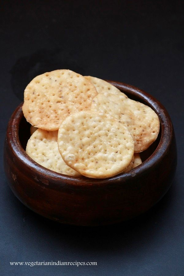 Papdi recipe a tasty and easy to make snack can also be used for papdi recipe a tasty and easy to make snack can also be used for making chaat indianfood food recipe vegetarian forumfinder Gallery