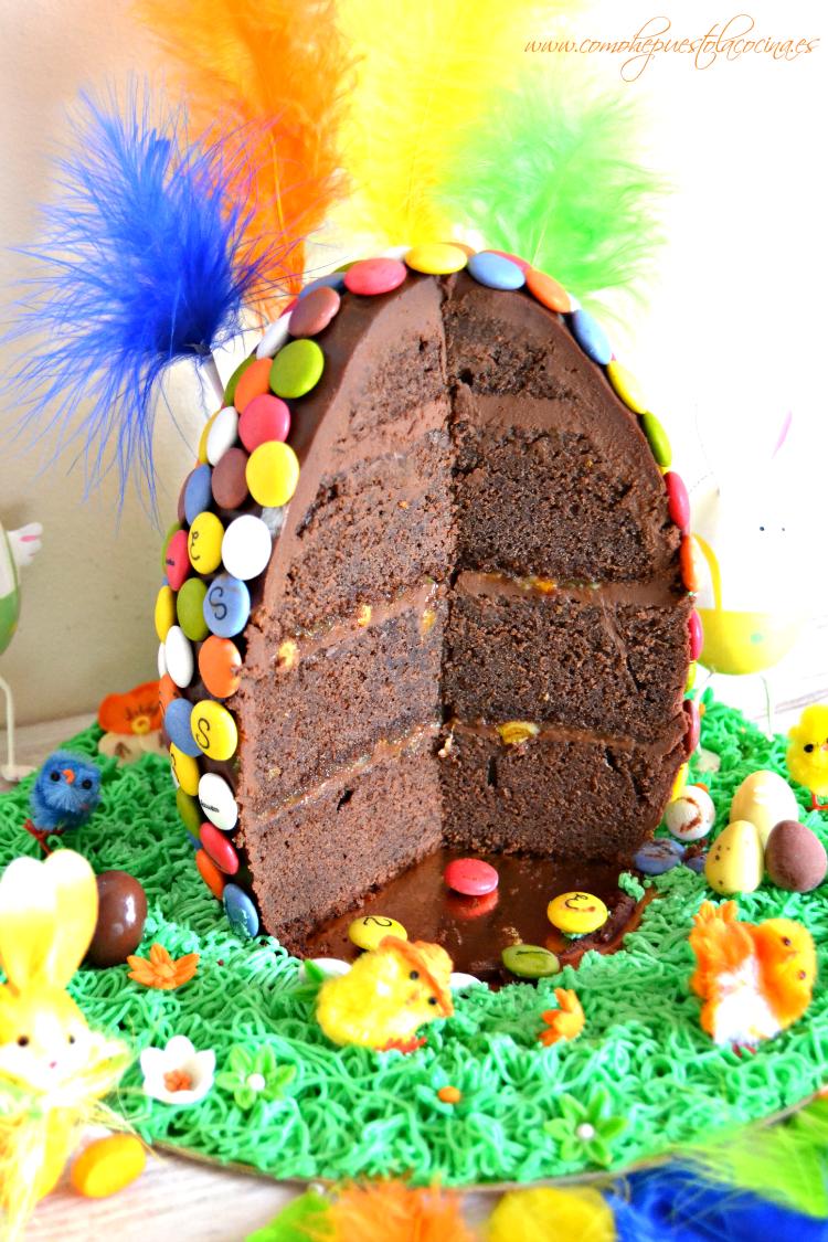 Mona De Pascua De Chocolate En Forma De Huevo Con Imagenes Monas De Pascua Tortas De Pascuas Pastel De Pascua