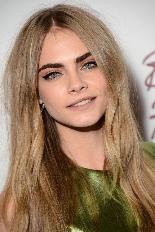Cara Delevingne Dark Eyebrows And Blonde Hair Celebrities On