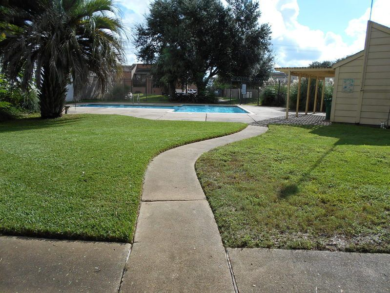 Easy Lawn Care provides affordable landscaping services in