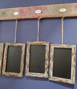 Semainier en bois avec 7 ardoises Athezza | Maison | Pinterest ...