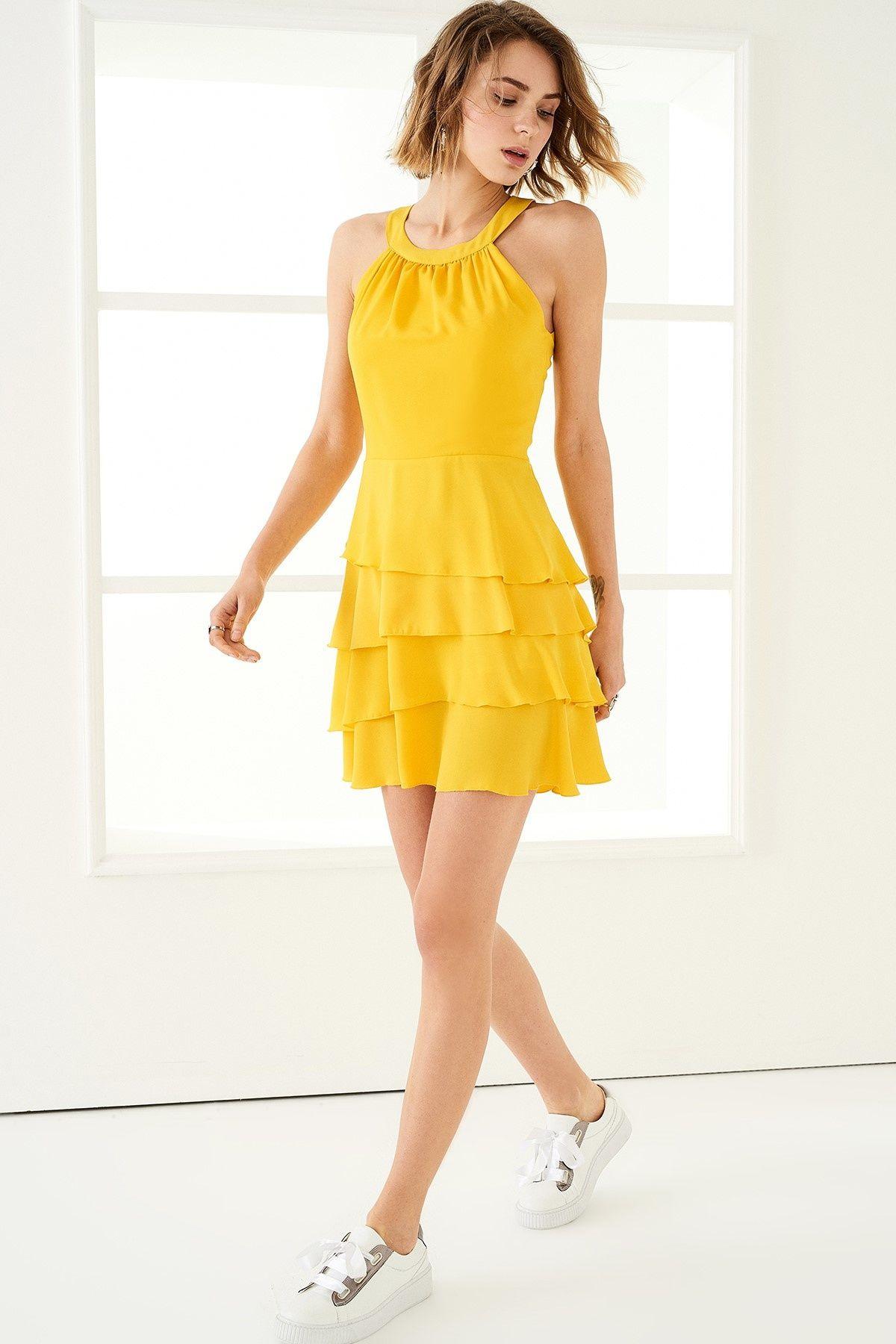 Sari Etek Ucu Volanli Elbise Trendyolmilla Trendyol Moda Stilleri Mini Elbiseler Elbise