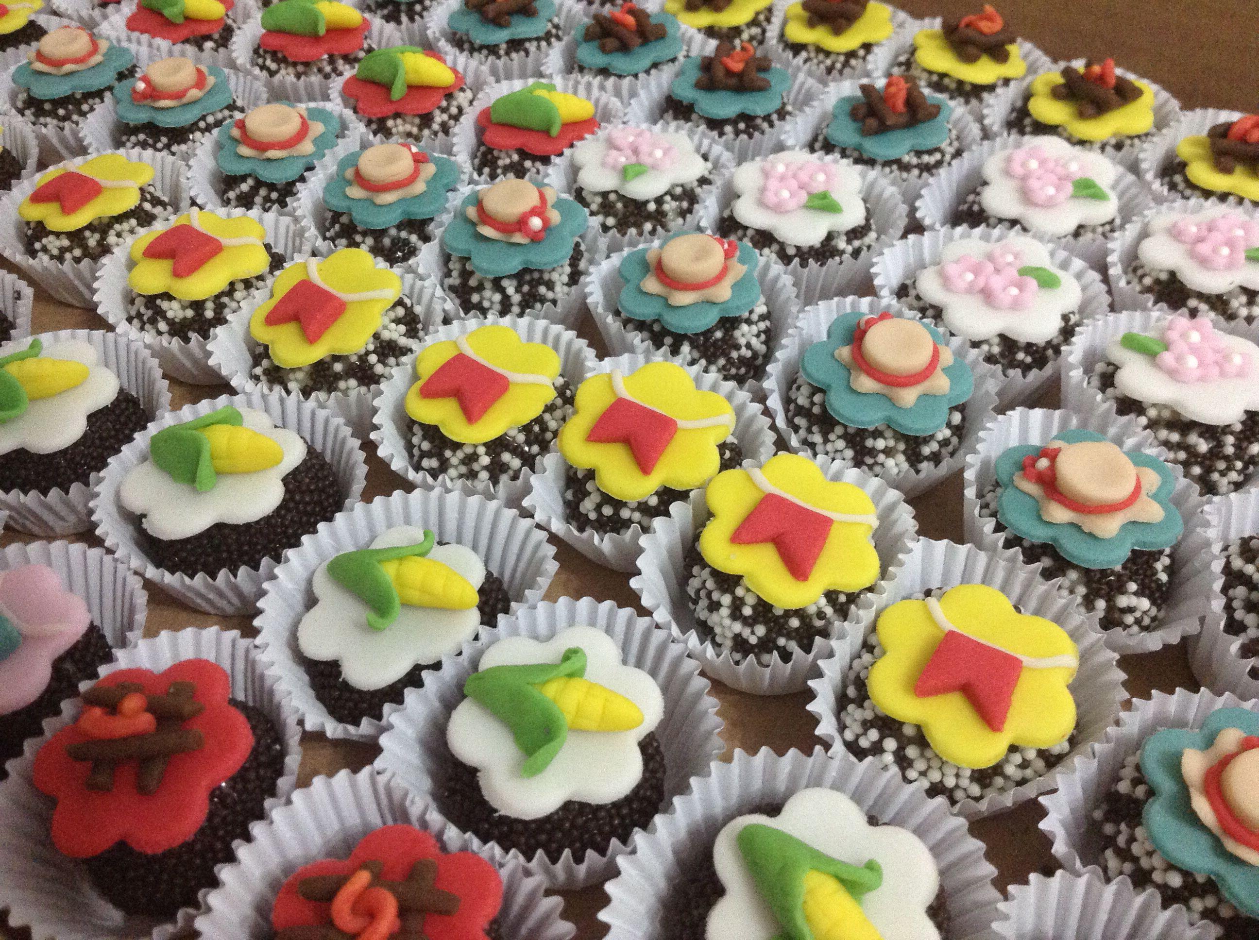 Docinhos personalizados - festa junina