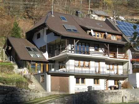 Großes 3Familienhaus in 79215 Elzach Oberprechtal