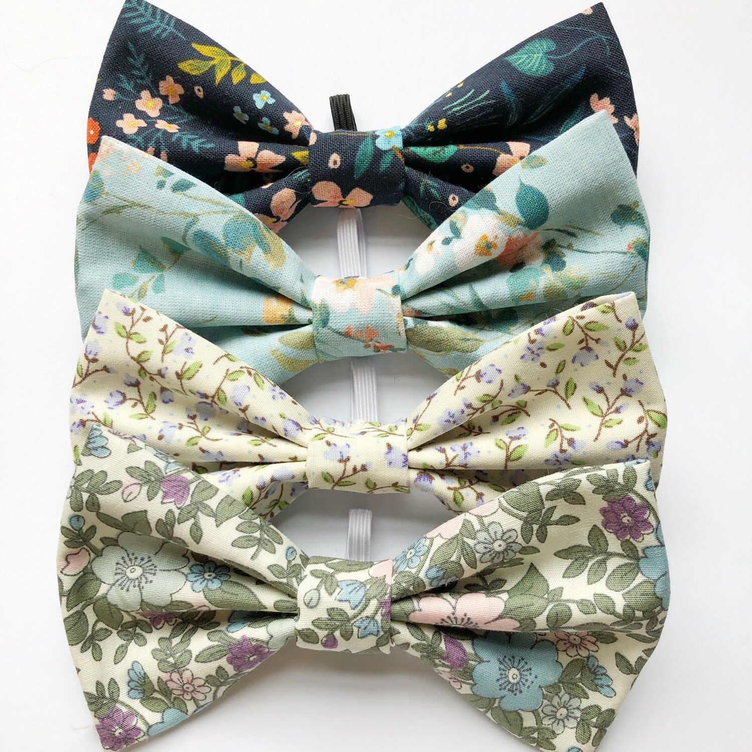 Sage Green And Purple Dog Bow Tie With A Gorgeous Floral Print Handmade Using Cotton Bow Ties For Dogs Puppy Bow Tie Dog Bowtie Bows Floral