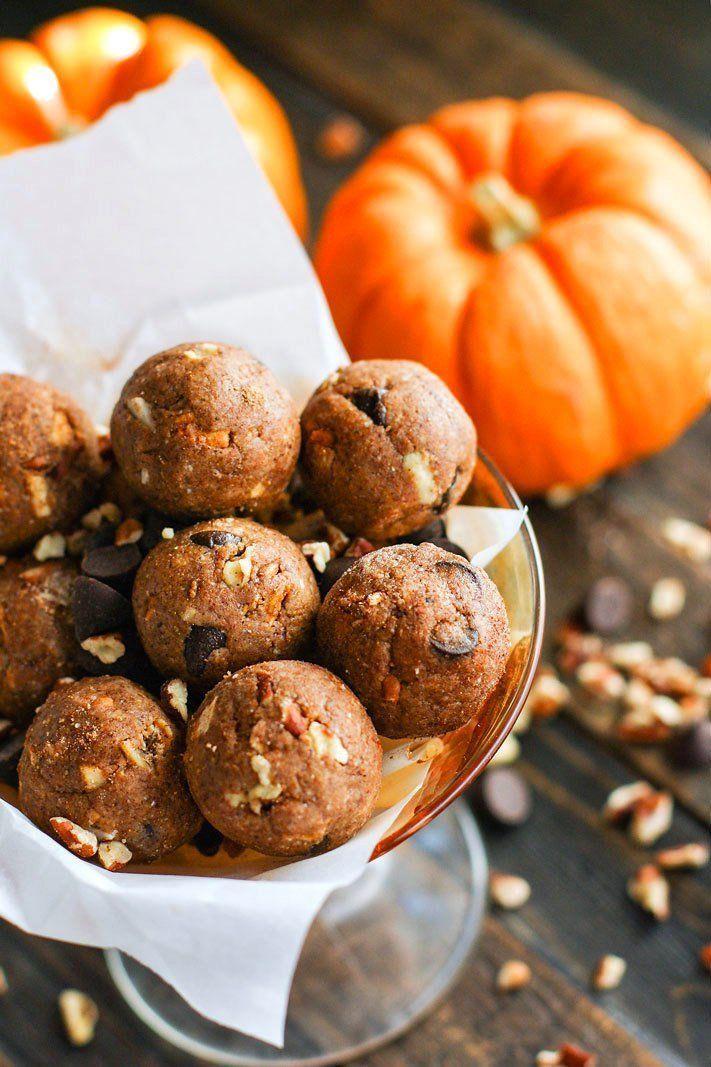 Pumpkin Spiced Chocolate Pecan Pie Bites {Grain Free & Vegan Friendly} @FoodBlogs