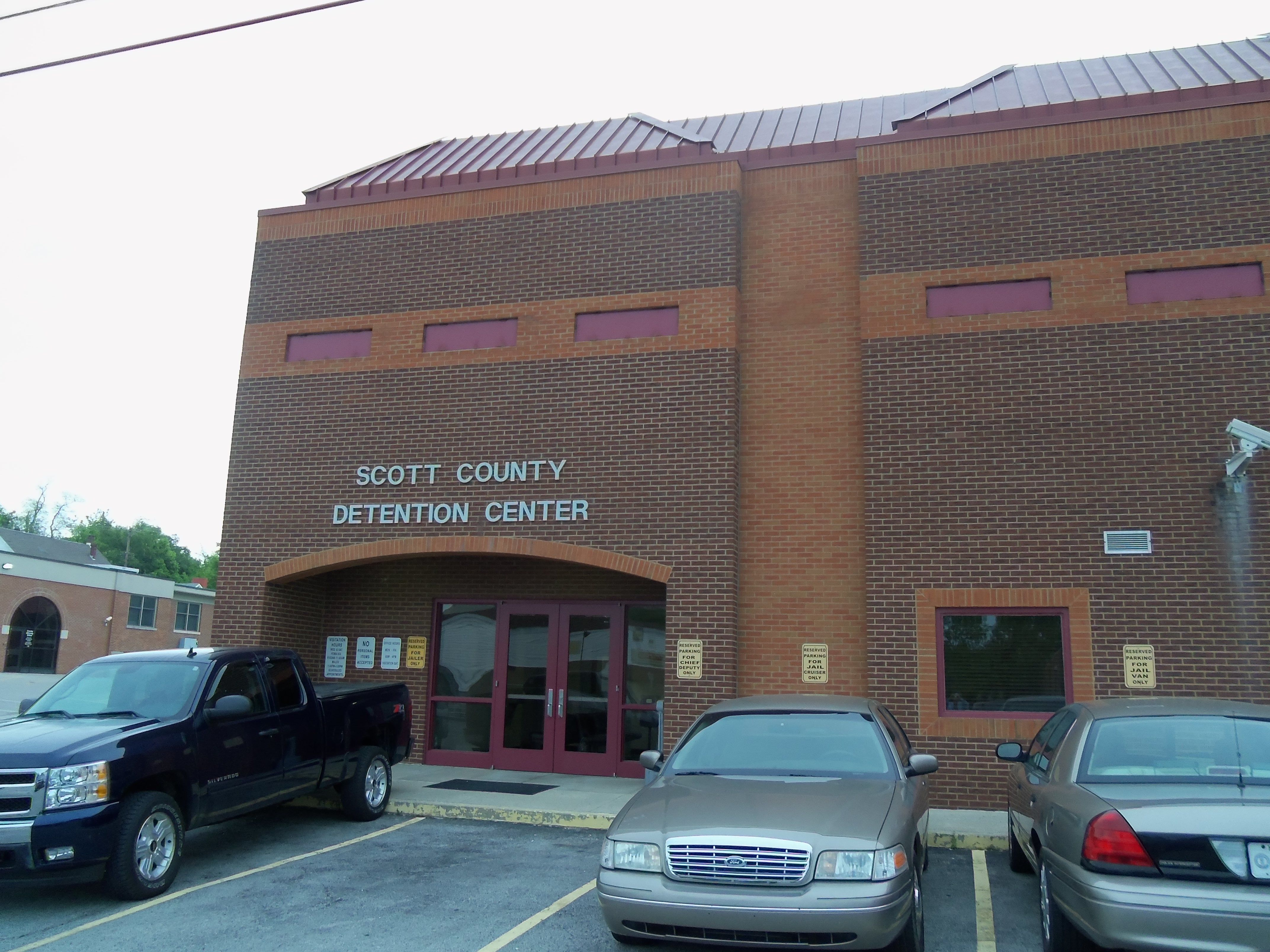 Scott County Detention Center, 130 N  Court Street