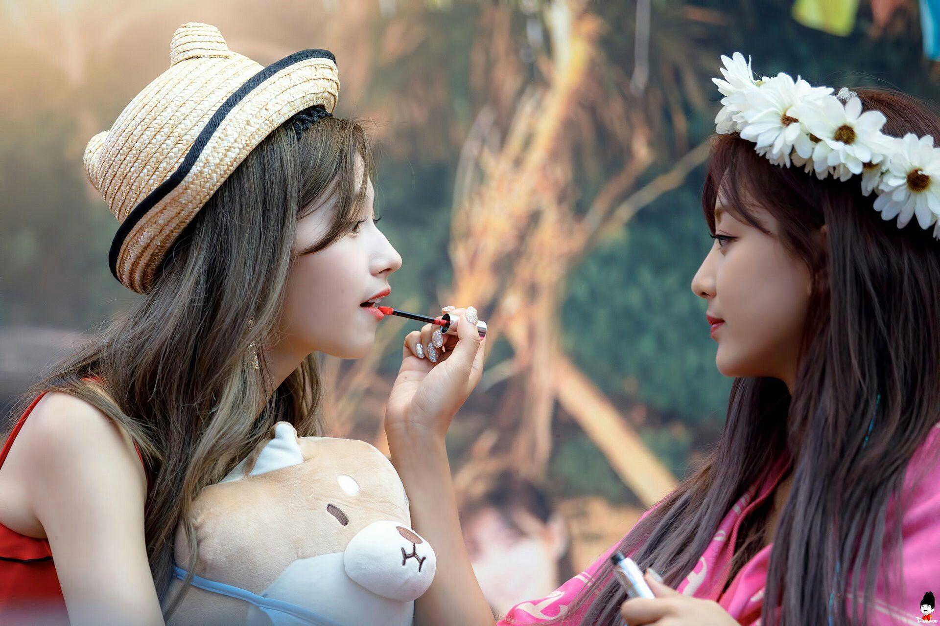 180722 Twice Sana And Jihyo Dance The Night Away Fansign
