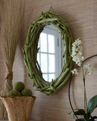 DIY mirror made of twigs and branches you can find outside!!    http://www.elledecor.com/home-remodeling/punch-list/diy-eco-friendly-wall-art-50492