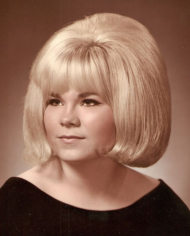 vintage everyday Big Hair of the 1960s 30 Hair Styles
