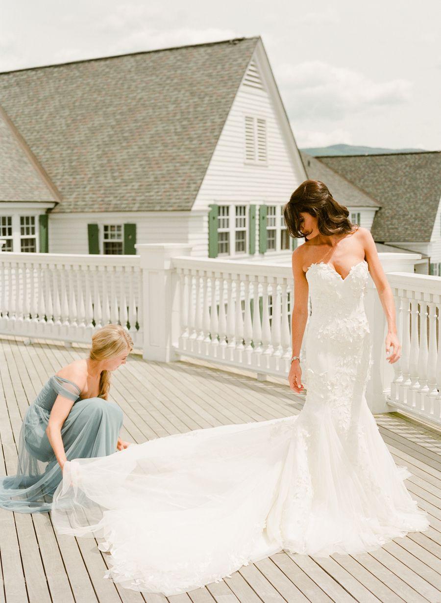 25 Dresses Guaranteed To Fulfill Your Wedding Fantasies   Mark ...