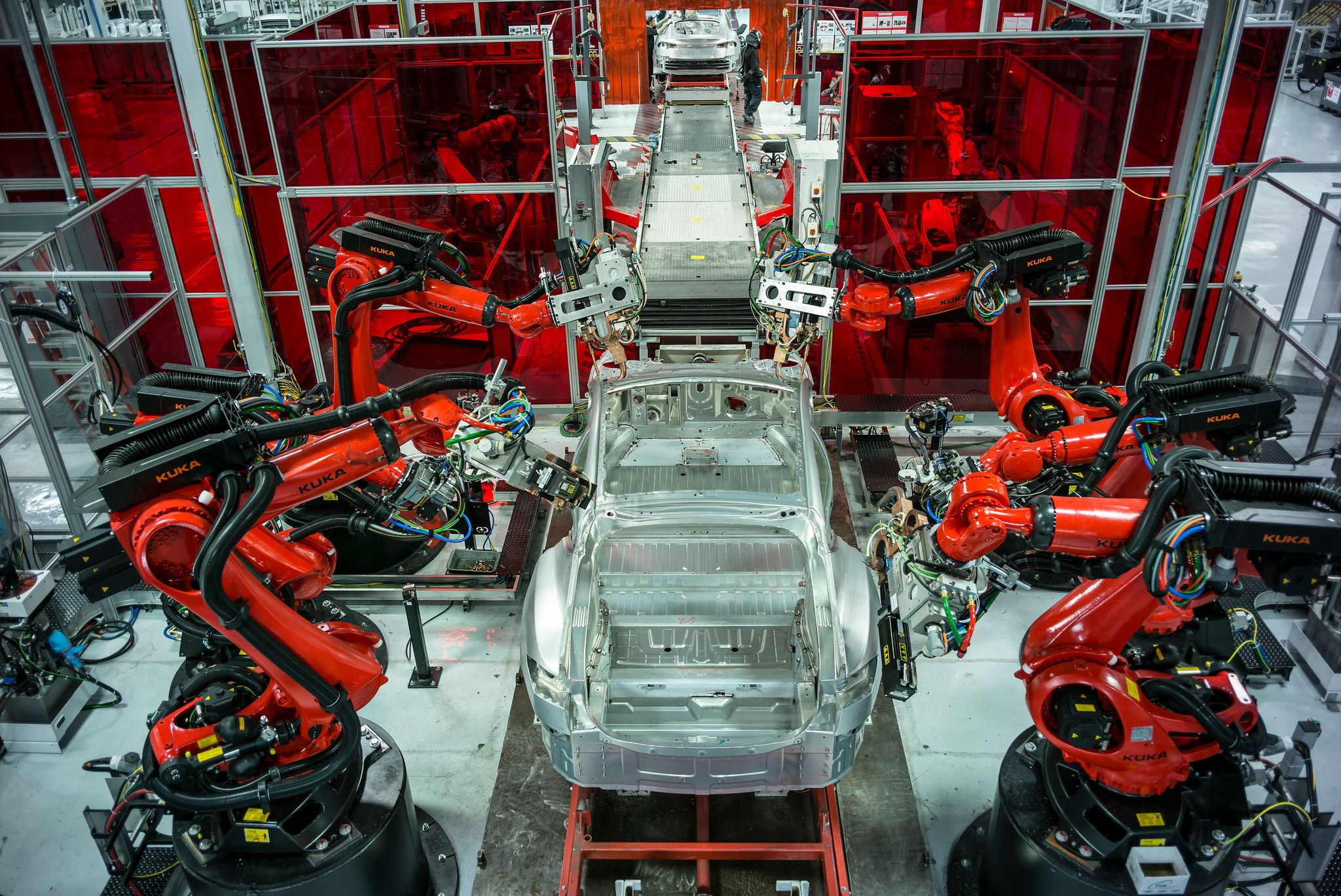 Robots Replacing Human Factory Workers At Faster Pace With Images