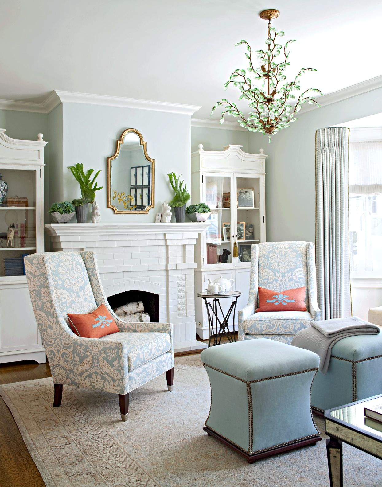 Easy Ways To Add Color To Your Living Room Traditional Style Living Room Decor Traditional Style Living Room Living Room Color Schemes