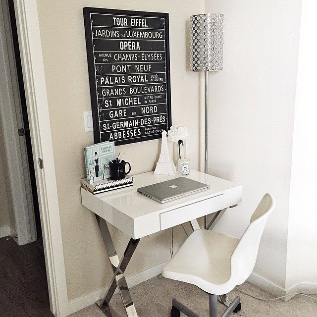 Small White Desk Part - 15: Small White Desk From Wayfair   Black And White Decor   How To Work With A