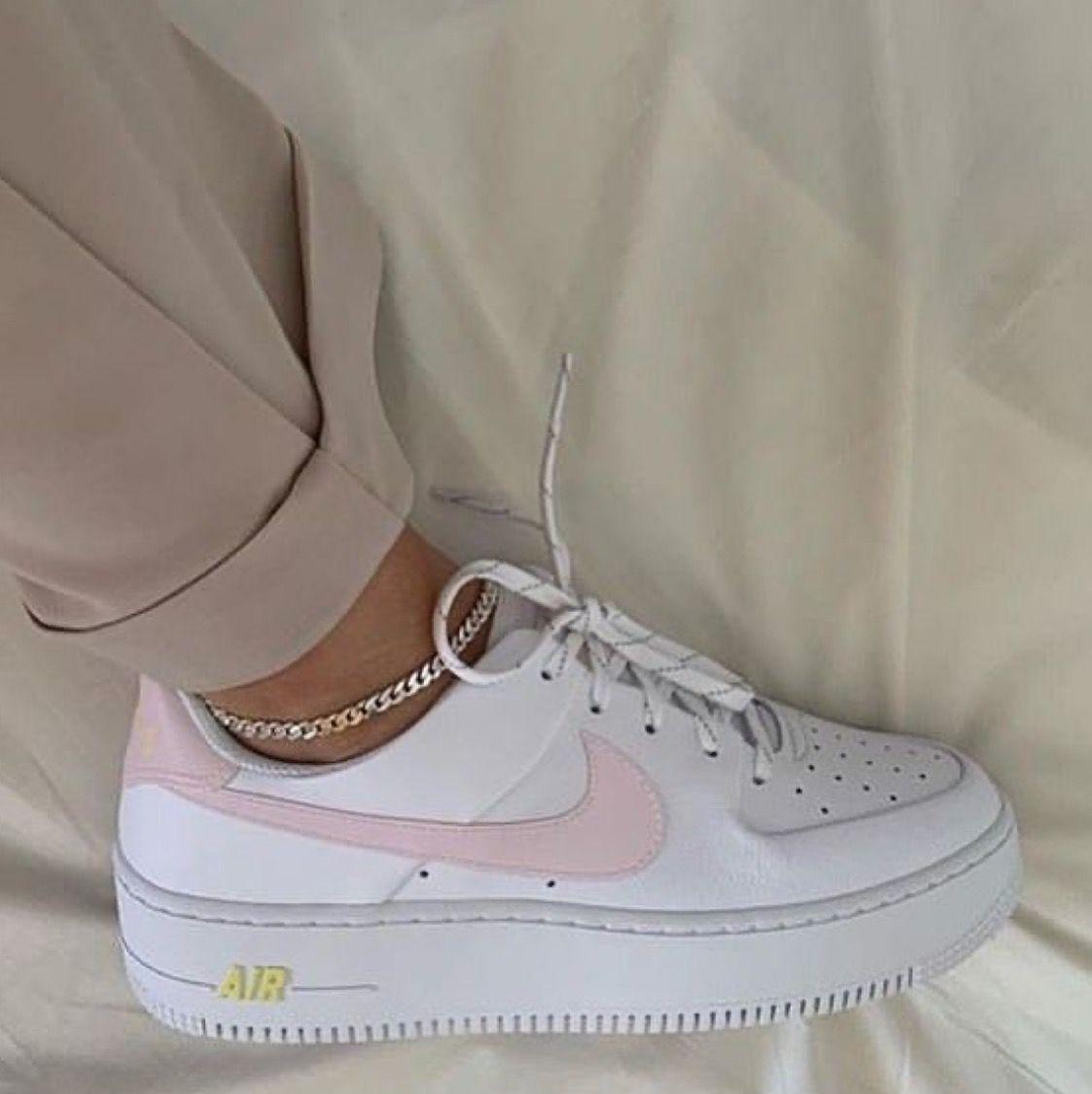 Sneakers fashion, Custom nike shoes