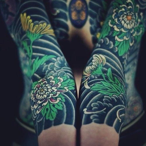 chrysanthemum irezumi tattoo google zoeken tats tatouage tatouage japonaise et tattoo. Black Bedroom Furniture Sets. Home Design Ideas
