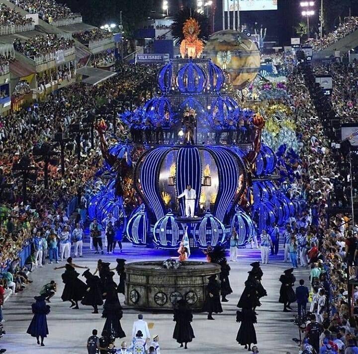 Imagem De Carnival Costume Por Shawn T Em 2020 Carnaval Rio De