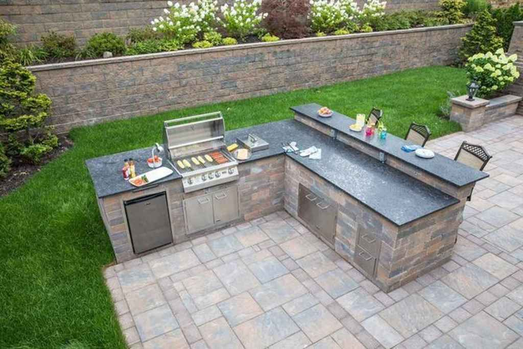 24 Best Outdoor Kitchen And Grill Ideas For Summer Backyard Barbeque Domakeover Com In 2020 Outdoor Kitchen Plans Outdoor Kitchen Decor Diy Outdoor Kitchen