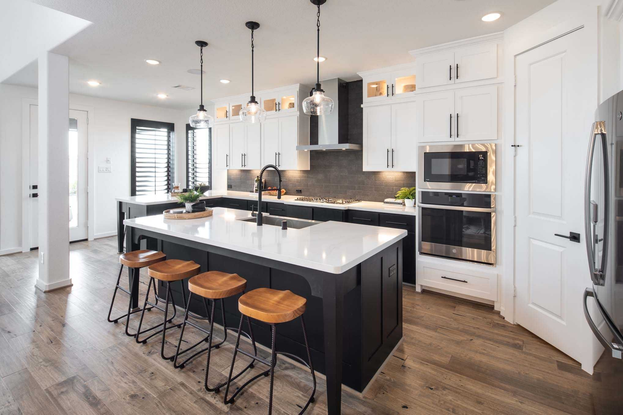 Kitchen In Highland Homes 559h Plan At 29102 Meadow Terrace Drive Fulshear Tx In The Cross Creek Ranch Community In 2020 New Homes Highland Homes Fulshear