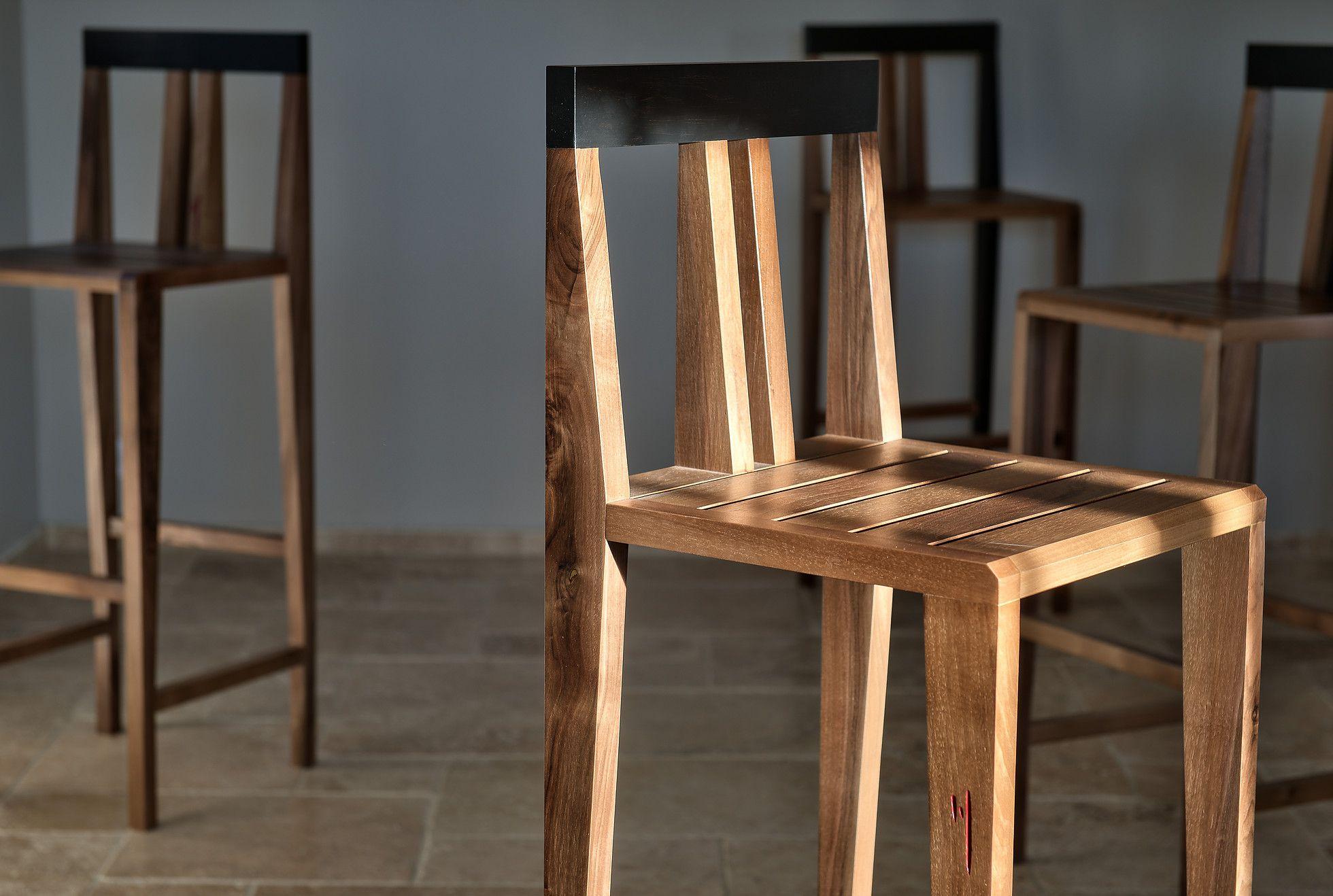 Chaise Haute En Bois De Noyer Massif Home Decor Dining Chairs Decor