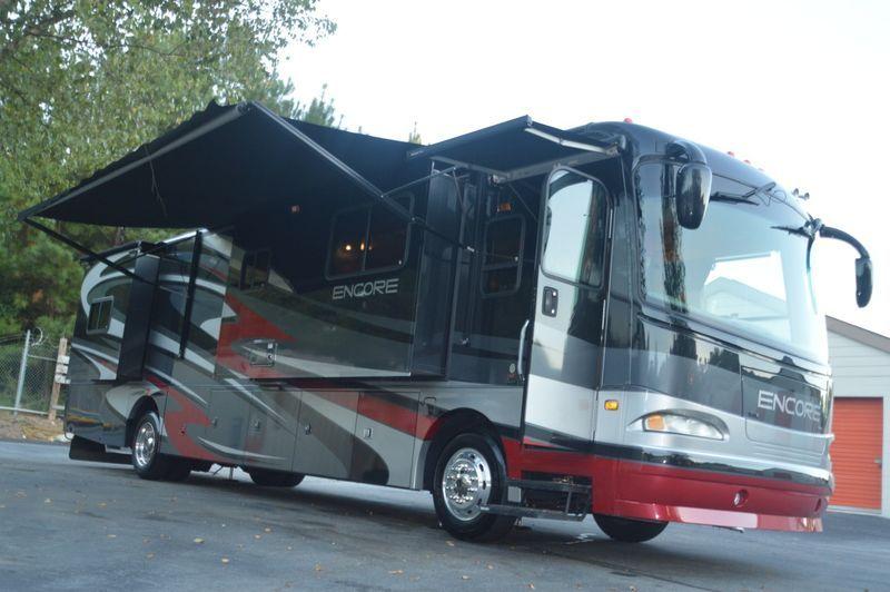 2004 Coachmen Cross Country 376DS Recreational vehicles
