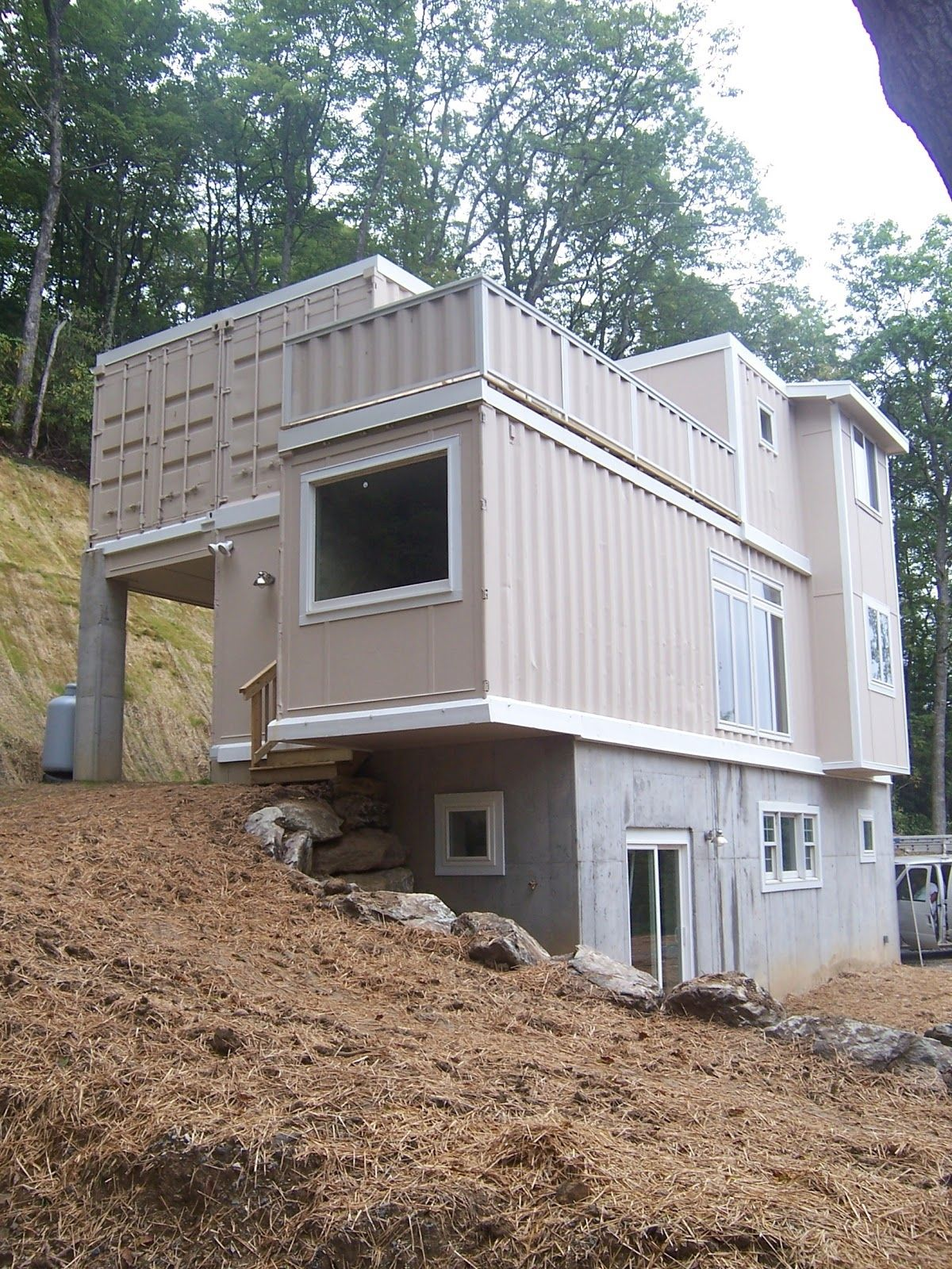 Modern Shipping Container Homes In Shipping Container Home Design ...