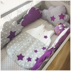 tour de lit bébé prune Ensemble tour de lit bébé + gigoteuse prune blanc et gris nuage  tour de lit bébé prune