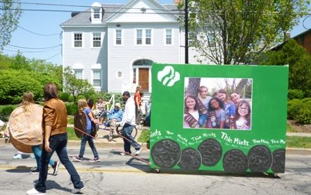 """Girl scout cookie box float, great idea, could have the girls inside with a """"window cutout""""! Perfect for our St. Patrick's Day parade!!!!"""