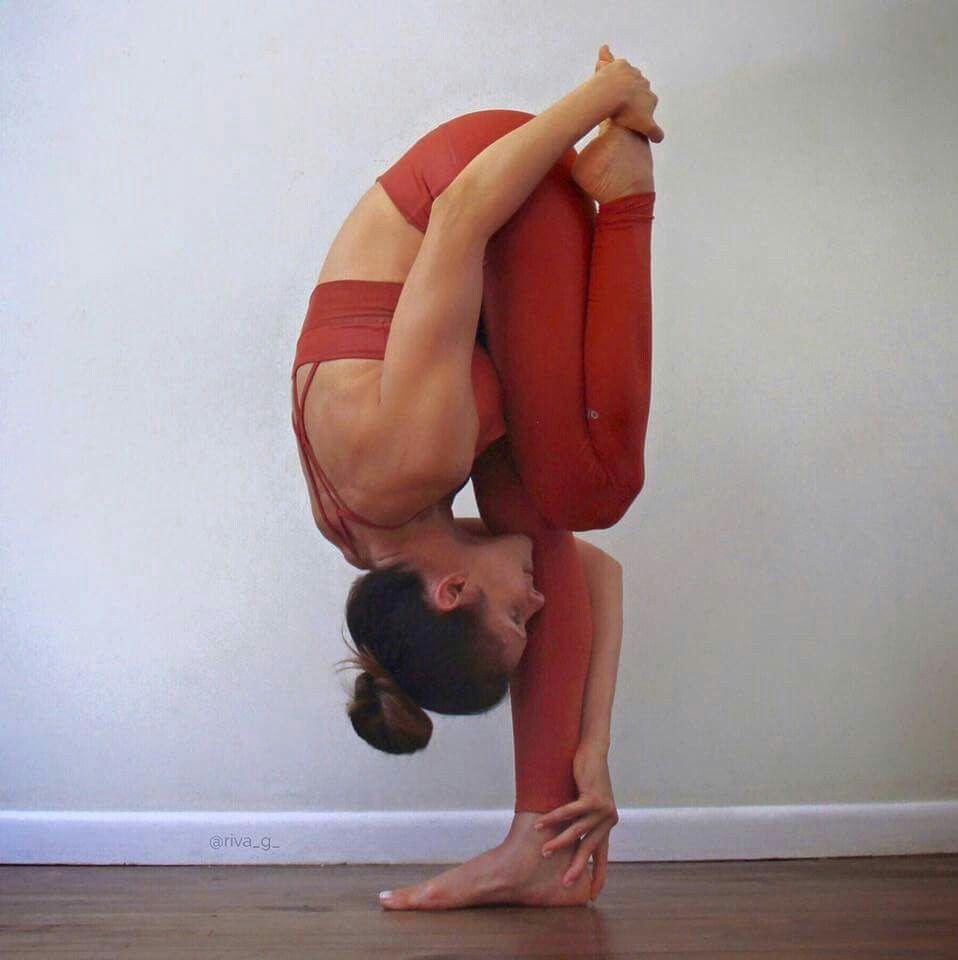 Pin de Tania Erazo en YOGA | Pinterest | Yoga, Posturas de yoga y ...