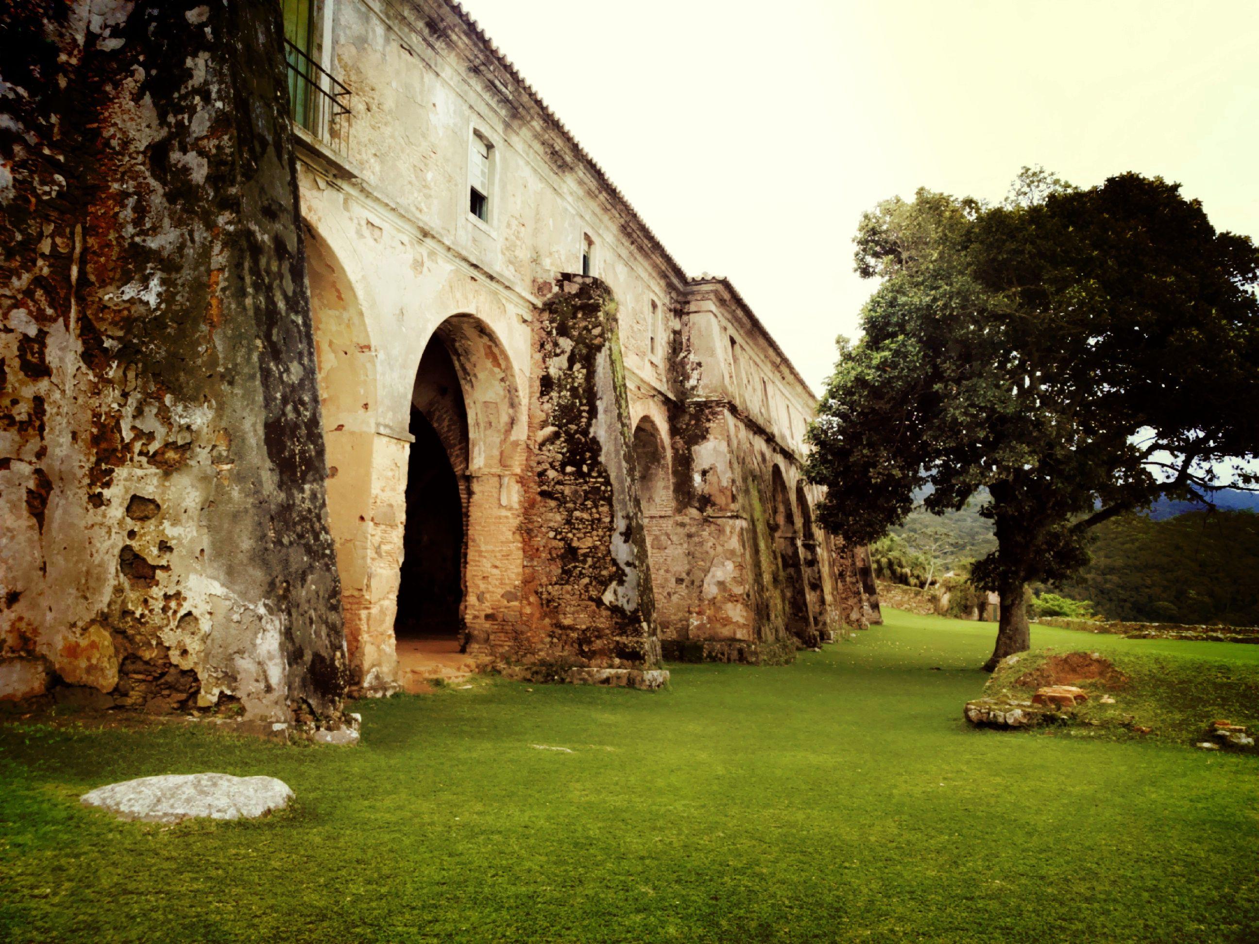 Ruinas da Ilha de Anhatomirim