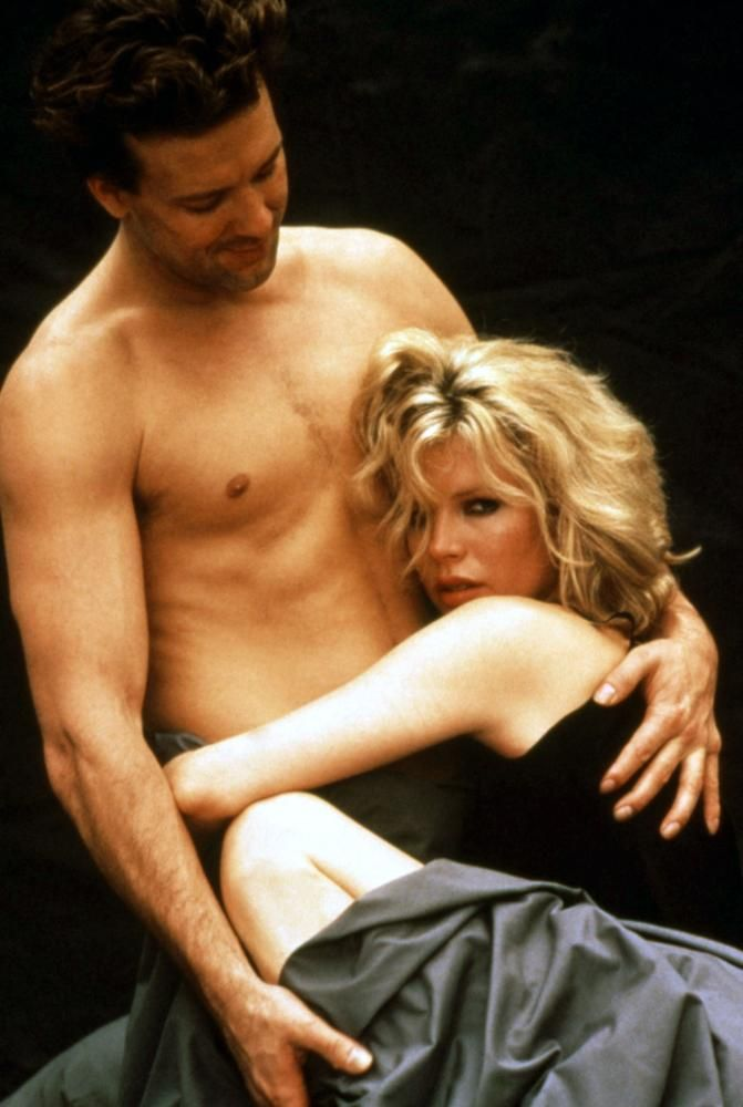 kim-basinger-and-mickey-rourke-sex-scene-and-the-beast